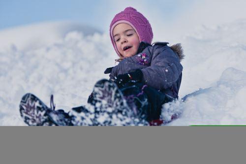 Rodeln, Schneeschuhwandern, Bogenschießen und vieles mehr erwartet die Familien im Pillerseetal  Foto: (c)Tourismusverband Pillerseetal