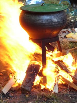 Jetzt wird's lecker bei Kinderoutdoor.de: Trapper Pfannkuchen, können die Kinder alleine kochen.foto: © fotosergio - Fotolia.com
