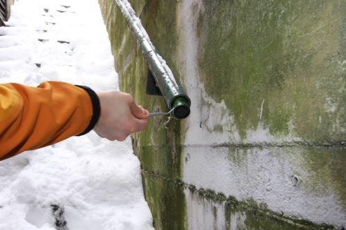 Gefunden! Hier haben Geocacher im Winter ihr Ziel erreicht. Immer mehr Familien begeistern sich dafür. Foto: (c) Garmin