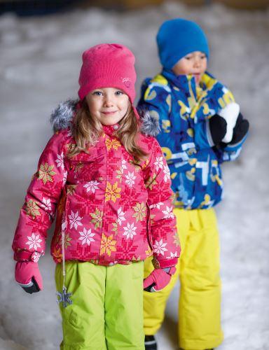 Adieu Tristresse! Icepeak bringt mit der Playground Kollektion für Kinder Farbe in den Winter.   Foto: (c) Icepeak