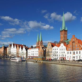 In Schleswig an der Schlei geht unsere 52 Km Tour los und führt uns zu den Wikingern! foto: © osbourne28 - Fotolia.com