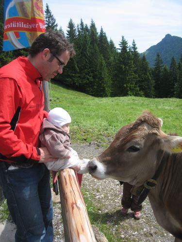Wir haben die ultimative Packliste für eine Wanderung mit Kinder zu einer Alm. Foto: (c) Kinderoutdoor.de