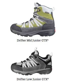 Den Drifter Junior GTX von Hanwag gibt es in zwei Versionen: Als flachen Wanderschuh oder als Kinderwanderstiefel. Foto: (c) Hanwag