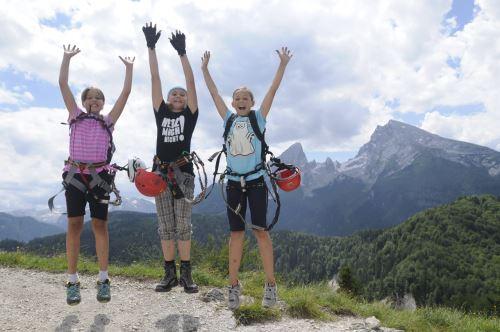 Spaß haben und viel über einen Klettersteig lernen: Das sind die Salewa Klettersteigtage 2013 in Bad Hindelang (Allgäu) Foto: (c) Salewa, Birgit Gelder