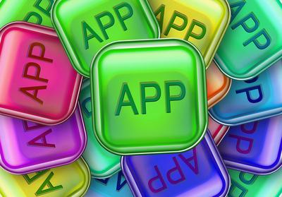 Wo geht´s lang? Die kostenlose Android App Outdoor Atlas kennt die Antwort. Foto:(c) Gerd Altmann  / pixelio.de