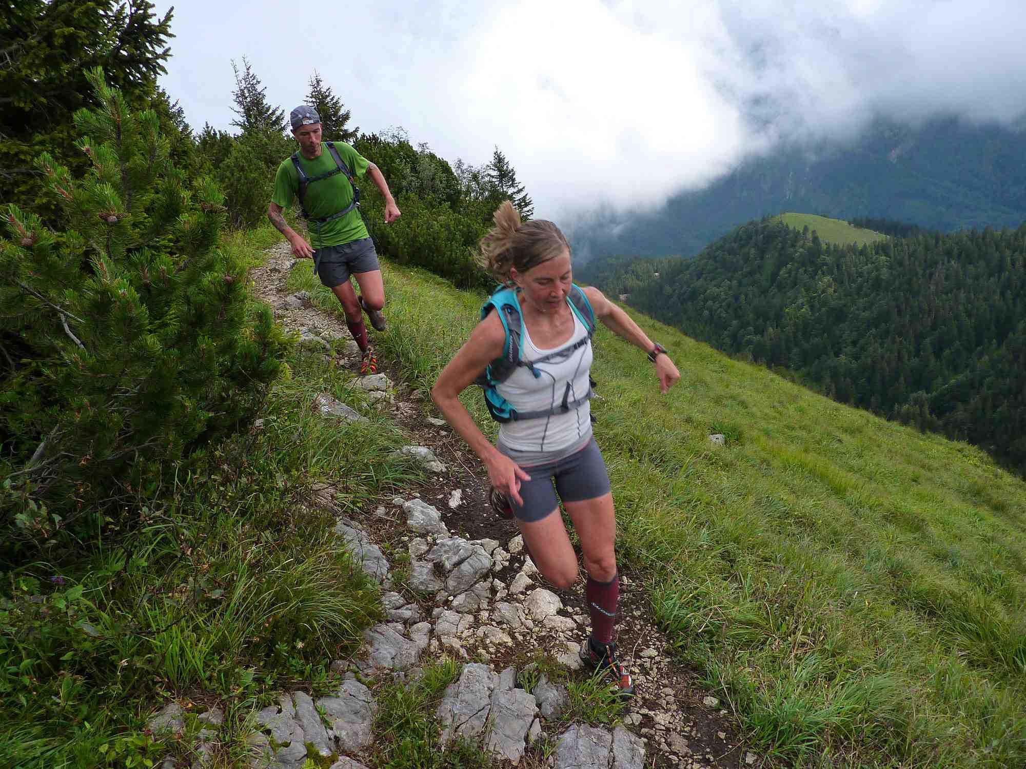 Flott durchs Gelände mit dem neuen Trailrunning Schuh von Salomon. Foto: (c) Salomon