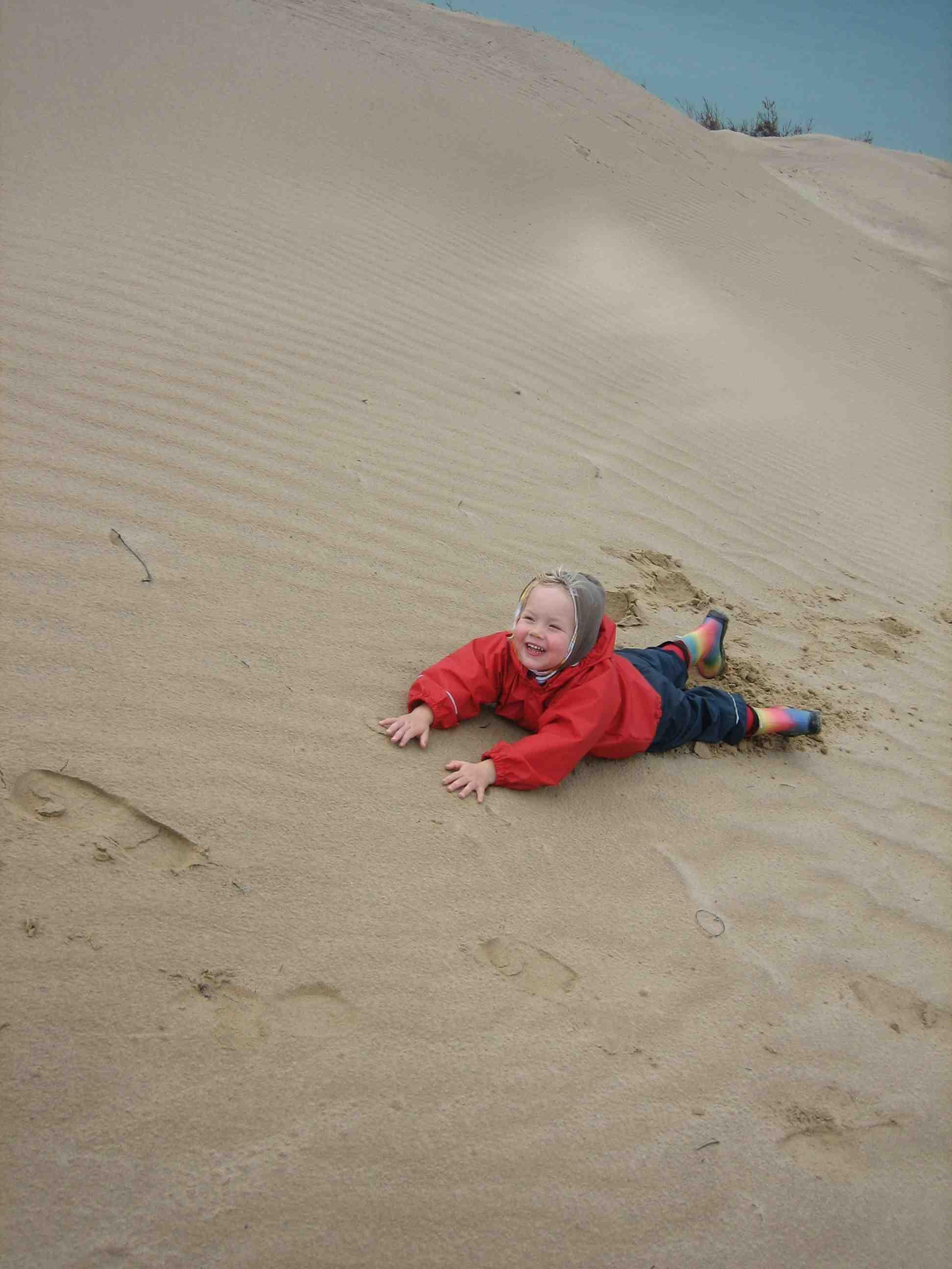 Die Steilküste hat ihren Namen verdient. Foto. (c) Kinderoutdoor.de