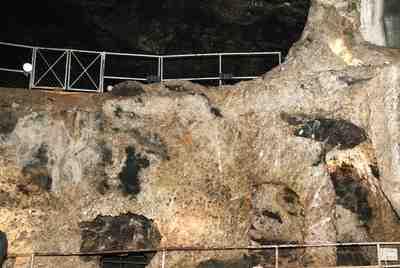 Mehr Bergwerk als Höhle ist die Marienglashütte. Foto:(c) Karl-Heinz Laube  / pixelio.de