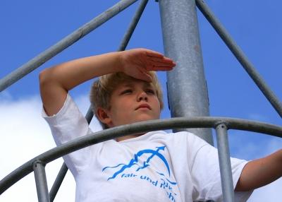 Piraten! Eine Schatzsuche ist für einen Geburtstag der unter dem Motto Piraten steht die ideale Abwechslung für die Kinder. Foto: (c) : S. Hofschlaeger  / pixelio.de