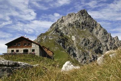 In einer Berghütte in Bayern zu übernachten ist für viele Kinder ein großes Abenteuer. Foto: (c)Richard Scholz  / pixelio.de