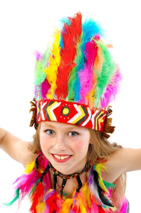 Los hol das Lasso raus! Eine Schnitzeljagd mit Aufgaben zum Thema Indianer kommt bei den Kindern super an.! Foto: © Shmel - Fotolia.com