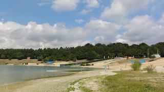 """So sehen Sieger aus! Die Messstelle im nördlichen Bereich des Strandbads am Langener Waldsee bei Frankfurt am Main ist eine der fünf Testsieger mit der Note """"sehr gut"""" Foto: (c) ADAC"""