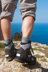 Die Stiftung Warentest stellt im August Heft einen Test von Trekkingstiefeln vor. Foto: (c) Stiftung Warentest