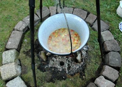 Ein leckers Eintopf Rezept haben wir heute für Euch: Eintopf Marco Polo mit ordentlich Currypaste. SI-MedienGestaltung  / pixelio.de