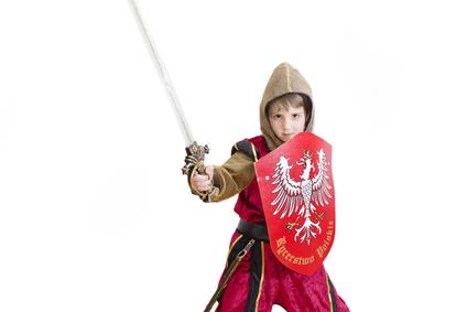 Ringelstechen ist eine rasante Spielstation bei der Kindergeburtstags Mottopary Ritter. © Marcin Chodorowski - Fotolia.com