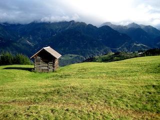 Felix Austria! Beim Urlaub in Tirol haben wir das Rezept für Pfundser Schleder Nocken entdeckt. Rustikal und genial, so wie die Tiroler Berglandschaft. Foto. (c) Kinderoutdoor