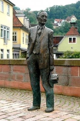Von dem bekanntesten Calwer gibt es keine Pixi-Bücher, aber dafür ein Museum! Foto: (c) Dieter Poschmann  / pixelio.de