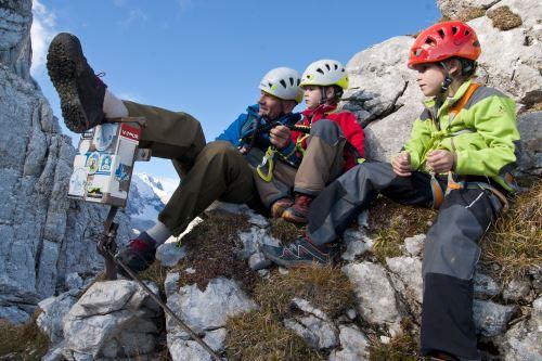 Klettersteig mit Kinder? Aber sicher! Wenn alle gut gesichert sind. Foto: (c) Edelrid