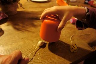 Wer fängt die Maus? Viel Spaß beim Spielen! Foto: (c) Kinderoutdoor.de