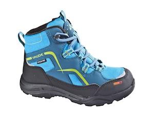 Winter Schuhe die überzeugen: Der Kids Rascal von Vaude mit Primaloft ist ein blaues Wunder gegen Kälte. Foto: (c) Vaude