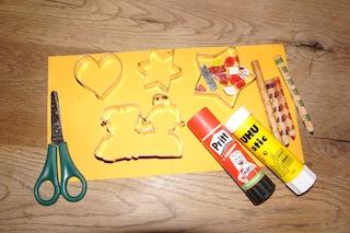 Basteln mit Papier benötigt wenig Material, wie Ihr selbst sehen könnt. Foto. (c) Kinderoutdoor.de