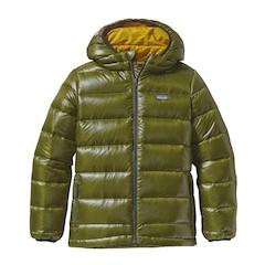 Im Premiumbereich sind auch die Winterjacken von Patagonia unterwegs, wie hier der Boys Highloft Sweater.  Foto(c) patagonia