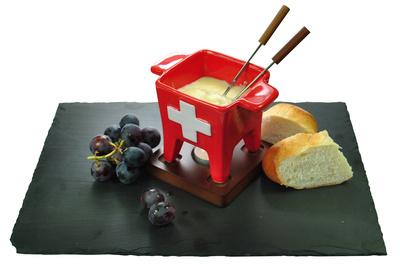 Ein Käsefondue Rezept ohne Alkohol. Ideal für Kinder am Lagerfeuer. Foto: (c)  Daniela Hör  / pixelio.de