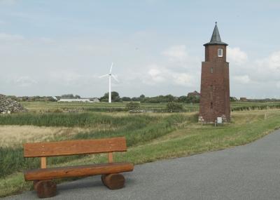 Klein aber fein! Der Leuchtturm Dagebüll an der Küste von Schleswig-Holstein. Foto (c)  sprisi  / pixelio.de