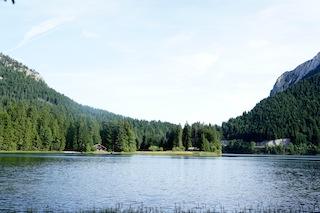 Der Spitzing See: Hier liegt die Obere Firstalm. Foto (c) Kinderoutdoor.de