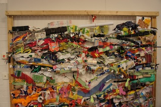 So sieht der fertige Rcycling-Wandteppich aus. Foto (c) Kinderoutdoor.de