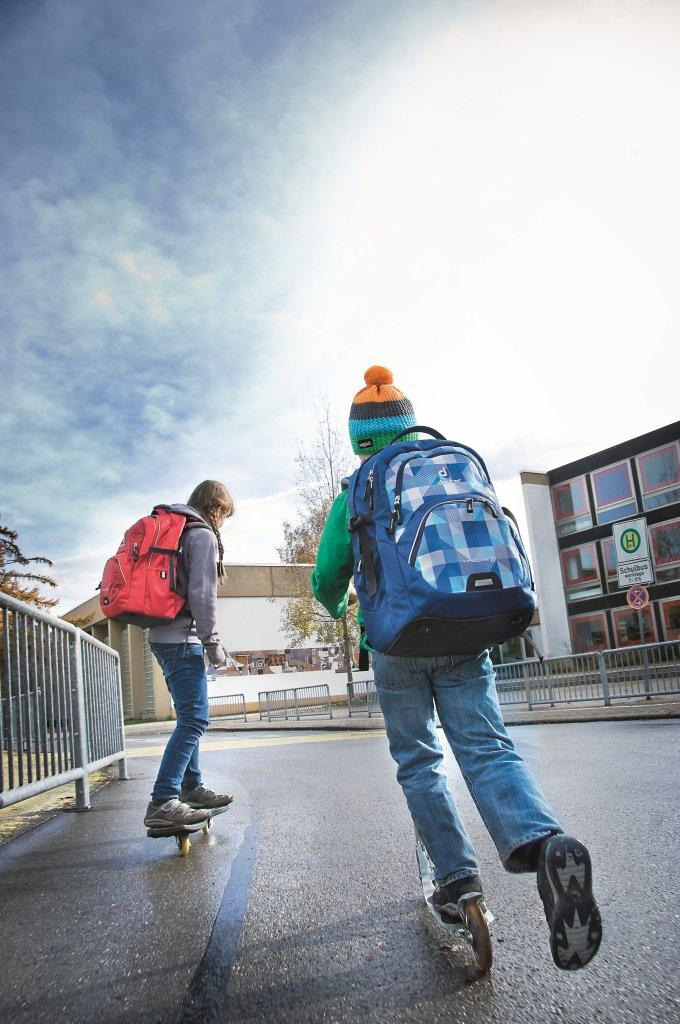 Schulranzen oder Schulrucksack? Das ist hier die Frage! Experten gaben uns Auskunft! Foto: Deuter