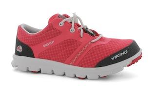 Outdoor Schuhe, wie sie sich Kinder wünschen: Die Maverick von Viking. Foto (c) Viking Footwear