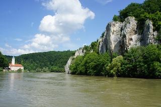 Wanderwege gibt es am Donaudurchbruch genügend. Foto (c) Kinderoutdoor.de