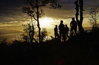 Haglöfs bietet eine kostenlose App an, welche den Usern wöchentlich neue Aufgaben stellt. Pro gelöster Challenge spendet Haglöfs einen Baum für ein Wiederaufforstungsprojekt in Kenia. Foto(c) Haglöfs; Hans Johansson