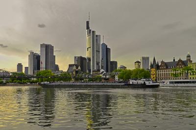 Eine tierische Stadtführung gibt es in Frankfurt (Main) für Kinder. Foto (c) La-Liana  / pixelio.de