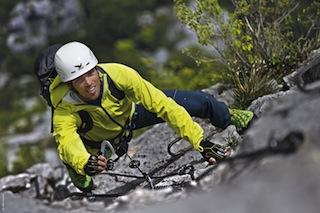 Klettersteige sind eine körperliche und psychische Herausforderung.  Foto (c) Salewa