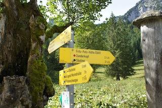 Welche Wanderwege hätten´s denn gerne? Wir erklären Euch, was es mit den farbigen Punkten auf sich hat.  Foto (c) Kinderoutdoor.de