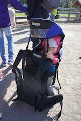 Eine Kindertrage muss auch sicher stehen. Das beweist Bergans mit der Juniors Favorite. foto (c) Kinderoutdoor.de