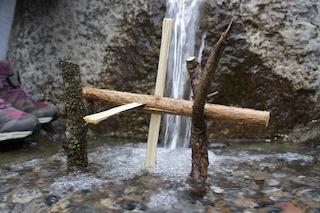 Schon dreht sich die Mühle am rauschenden Bach. Foto (c) Kinderoutdoor.de