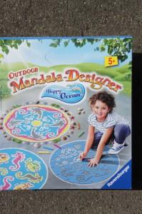 Der Preis von 16 Euro für den Outdoor Mandala Designer geht in Ordnung.  Foto (c) Kinderoutdoor.de