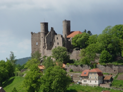 Burgen und Schlösser hat Thüringen genügend. Doch den schönsten Blick habt Ihr von der Ruine Hanstein.  Foto (c) Martina Kullmann  / pixelio.de