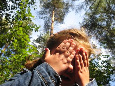 Bei dieser sportlichen Schnitzeljagd sind die Kinder richtig gefordert.  Foto (c) Michael Horn / pixelio.de
