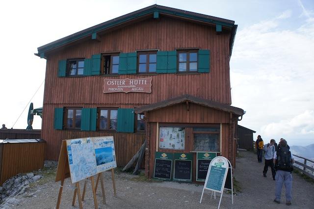 Eine Perle in den Ammergauer Alpen: Die Ostlerhütte. Foto (c) Kinderoutdoor.de