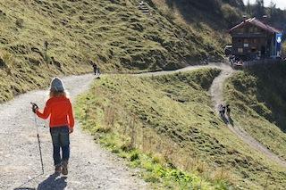 Pausen einlegen, dann gelingen die Wandertouren mit Kindern.  Foto (c) Kinderoutdoor.de