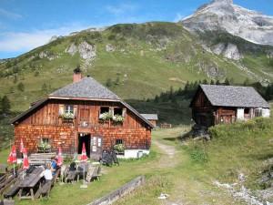 Eine lohnendes Ziel im Lungau: Die Jakoberalm.  Copyright: Naturpark Riedingtal  Lungau/ Salzburger Land/ A