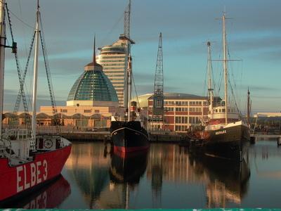 Die Seestadtrunde ist ideal um Bremerhaven zu entdecken. Foto (c) Dieter Dewald  / pixelio.de