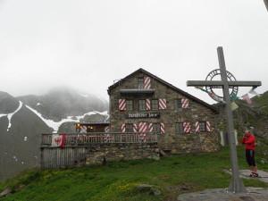 Eine Perle unter den DAV Hütten: Die Darmstädter Hütte. Foto (c) Thalunil, Wikipedia, Lizenz: Creative Commons by-sa 3.0 de