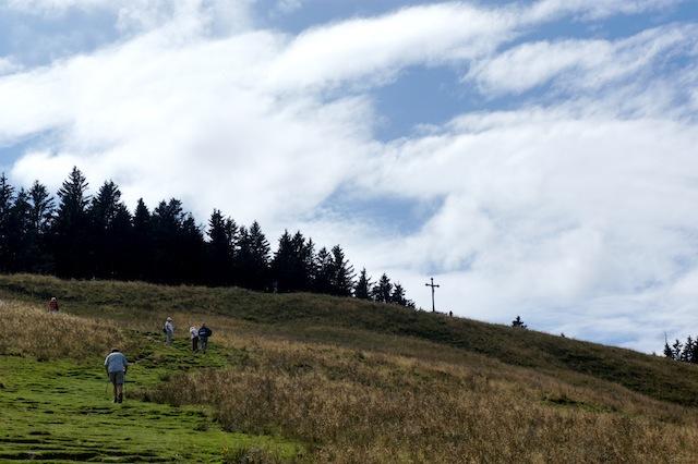 Slippery when wet! Bei Nässe verwandelt sich der Weg hinauf zur Gindelalmschneid in eine Seifenbahn! foto (c) Kinderoutdoor.de