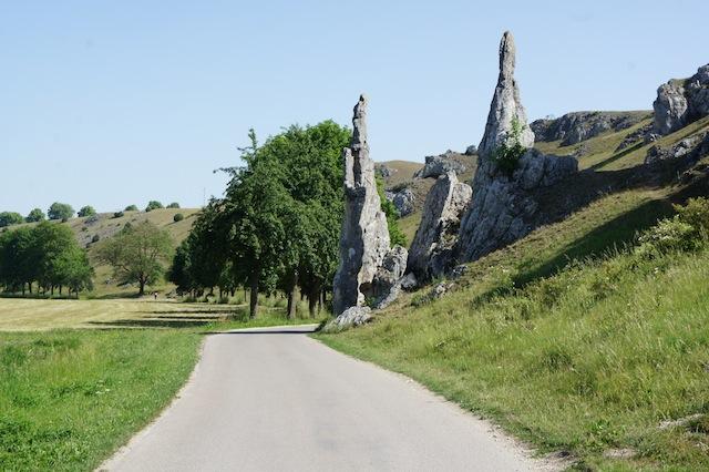 Die Steinernen Jungfrauen im Eselsburger Tal ( auch Monument Valley für Arme genannt)  Foto (c) Kinderoutdoor.de