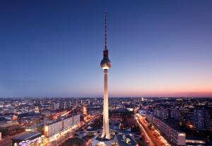 BEReits fertig! Der Alex eines der Wahrzeichen von Berlin, bietet den schönsten Panoramablick auf die Hauptstadt.  Foto (c) Berliner Fernsehturm am Alexanderplatz